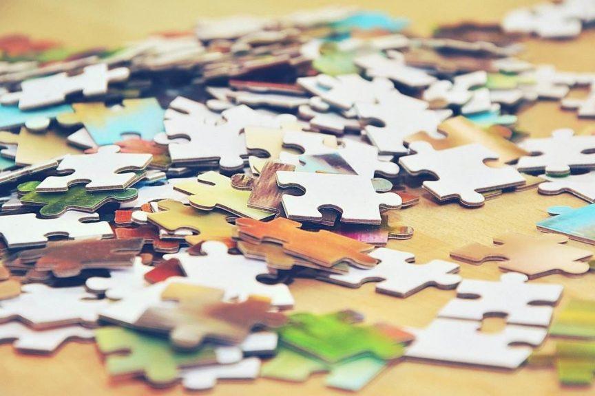 Fisico + digital: due pezzi combacianti del puzzle